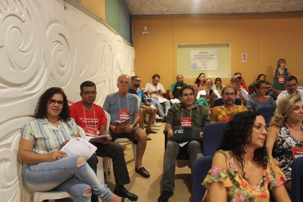 Representaram a ADUSC no 37º Congresso do Andes -SN (esquerda para direita): Kátia Guerreiro. Carlos Vitório, Salvador Trevisan, Arturo Samana e Luiz Blume. Foto: Ascom ADUSC