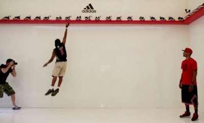 adidas-d-rose-jump