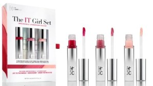 Beauty Booty Gifts for Die-Hard BeauTistas  @ItCosmetics, @Orlane_Paris,  @JUARASkincare, @DrSchollsforHer, @MaryKay, @EmjoiInc,@bareMinerals, @Arbonne, @JUARASkincare