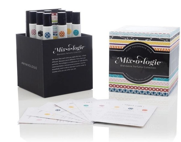 mixologie set in the box with cards