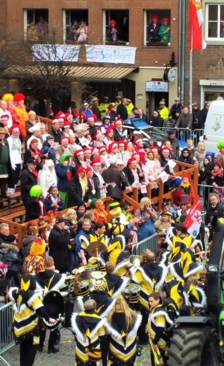 bee band canival (2)