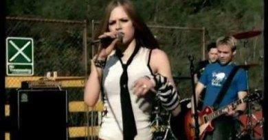 Avril Lavigne – My World