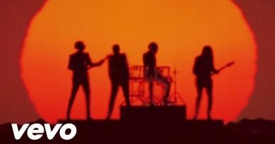 Daft Punk – Get Lucky feat. Pharrell Williams