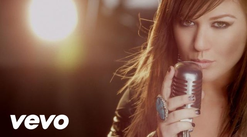 Kelly Clarkson – What Doesn't Kill You (Stronger)