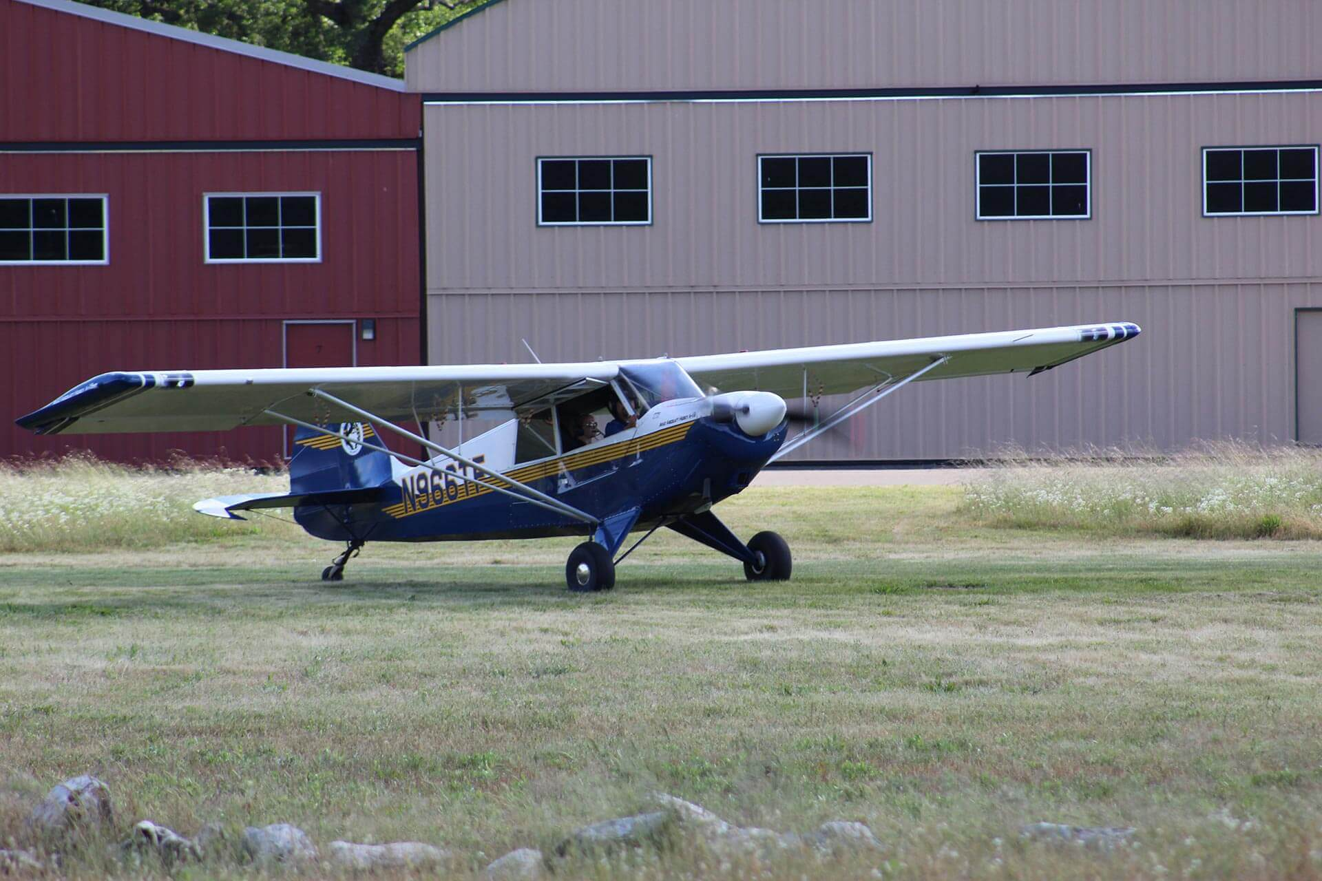 Husky, Aviat, A-1B, tailwheel, california