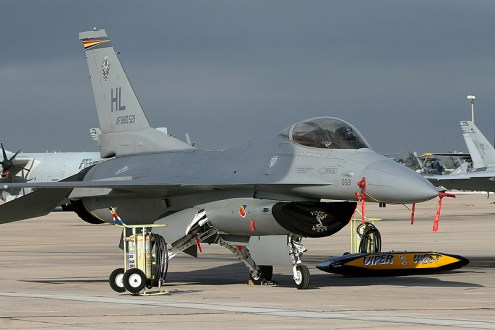 © Mark Forest - Lockheed Martin F-16C Fighting Falcon • United States Air Force • MCAS Miramar Airshow 2007