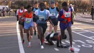 chute mo farah_semi marathon de new york 2014