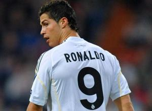 cristiano-ronaldo-prolonge-au-real-madrid