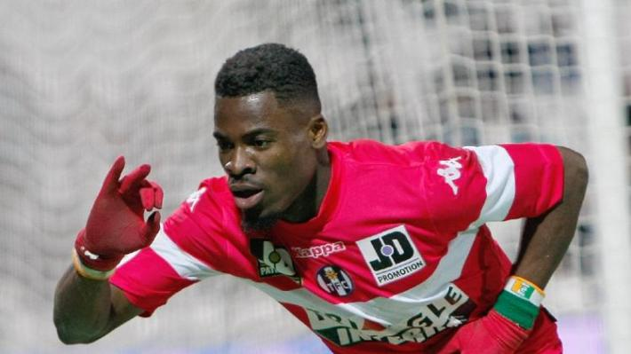 Aurier nvo rouge