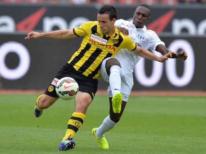Zuerich 3 8 2014 Fussball Super League FC Zuerich BSC Young Boys Berns Raphael Nuzzolo gegen
