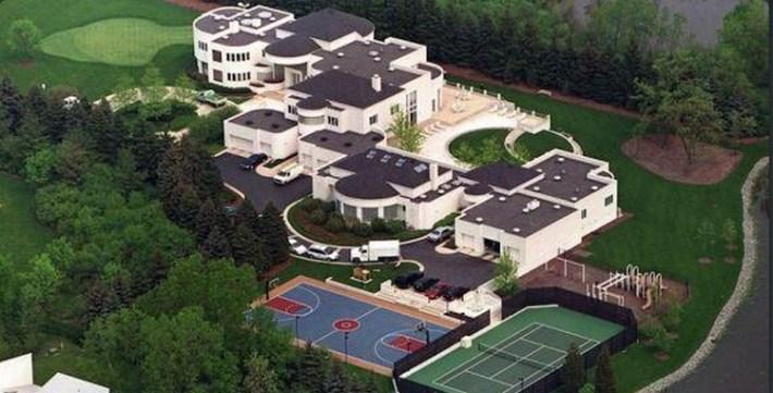 michael jordan divise le prix de sa maison en vente africa top sports. Black Bedroom Furniture Sets. Home Design Ideas
