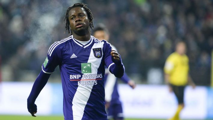 20150121 - BRUSSELS, BELGIUM: Anderlecht's Nathan Kabasele looks dejected during a soccer game between RSC Anderlecht and SV Zulte Waregem, the return match in the 1/4th final of the Cofidis Cup, Wednesday 21 January 2015 in Brussels. Anderlecht won the first leg 0-3. BELGA PHOTO LAURIE DIEFFEMBACQ
