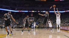 curry-warriors-spurs-042016-basket_84fa27946ccc43afb724bb86800666f5