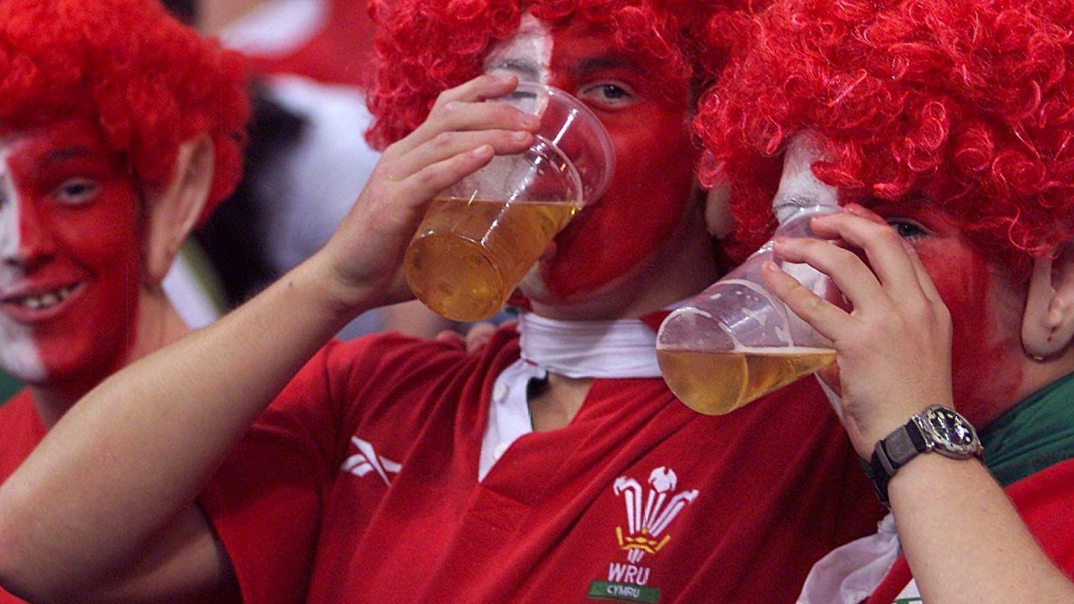 Mondial 2022: l'alcool sera interdit dans les espaces publics