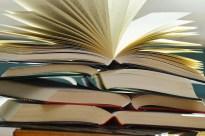 books-1082949_1280