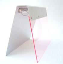 classeur contrecollé (plexiglass et carton)