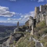 itinerari-abruzzo-castelvecchio-calvisio-rocca-calascio-2 (copia)