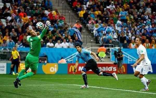 بالصور تقرير عن مباراة الأوروغواي وإنجلترا مع البطل سواريز