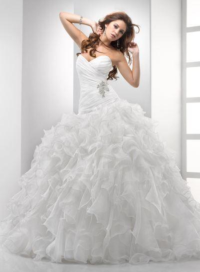 بالصور أجمل فساتين زفاف