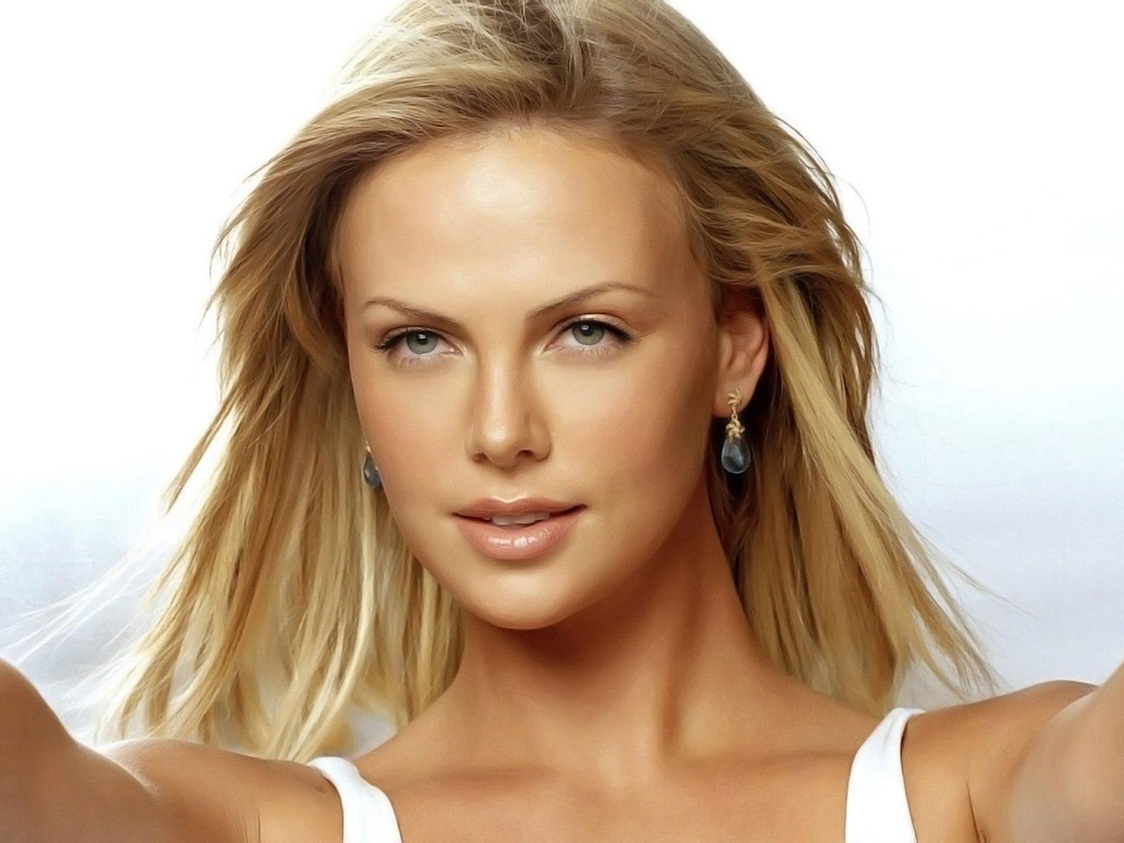 أشهر نجمات هوليوود يرفضن عمليات التجميل