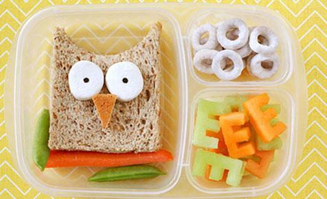 أفكار لتقديم طعام الطفل