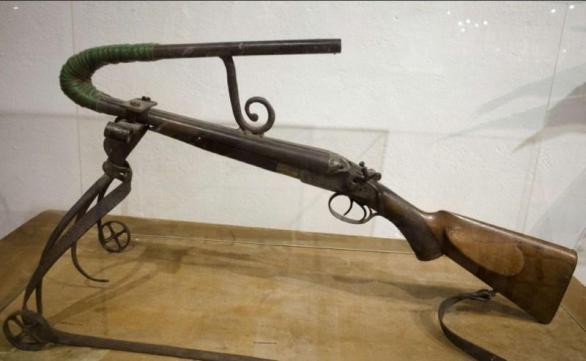 بندقية صيد غير مفيده وغبية