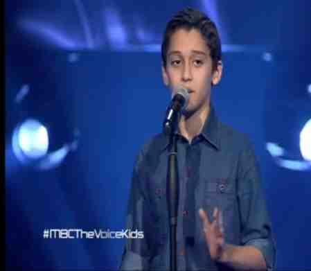 شاهد ذا فويس كيدز احمد عماد - جانا الهوى - مرحة الصوت و بس