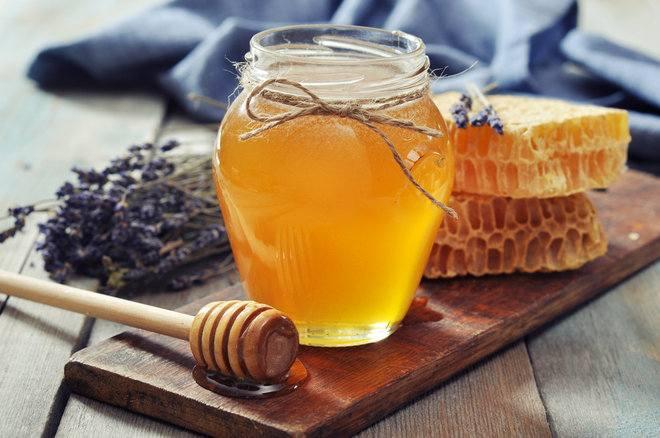 التداوي بالعسل الطبيعي