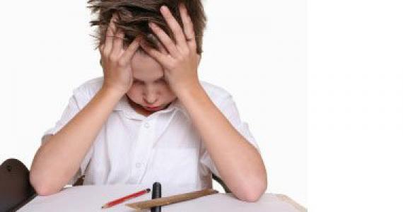 خطورة التأخر بالنوم و تأثيره على أدمغة الأطفال