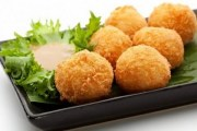 تحضير كرات البطاطا المقرمشة طريقة التحضير بالتفصيل من مطبخ احلى عالم
