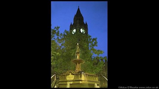 Albert Square fountain 1998