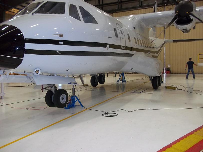 AIRCRAFT WEIGHING EQUIPMENT, AIRCRAFT WEIGHING SERVICE, AIRCRAFT - how would you weigh a plane without scales