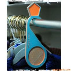 hanger_closet_resize_fancy