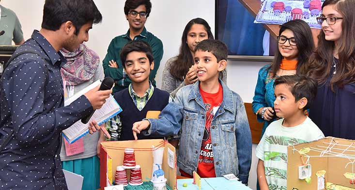 Children, doctors and architects pitch ideas for a new children\u0027s