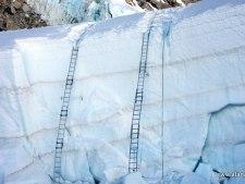 Everest 2015: North Closed, South Retreats - a full recap