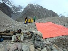 K2 2015 Coverage: Large Teams Snowed in on the Trek