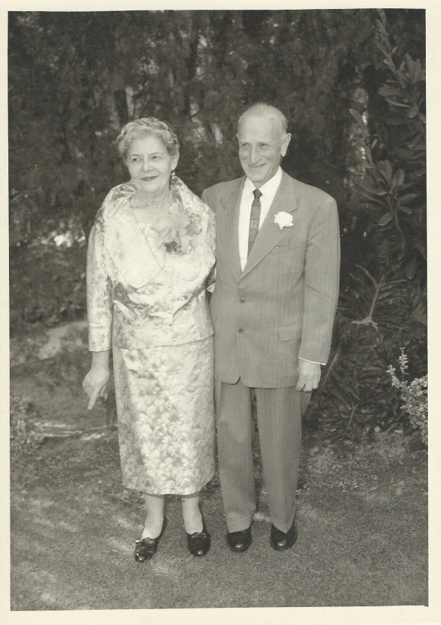My grandma and grandpa, Ida Nathanson and Louis Bisno