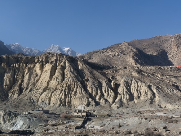 The rippling cliffs beside Jomsom