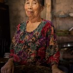 AlanStockPhotography-Bali-market-portrait-woman-old-stall-asian-smiling-02
