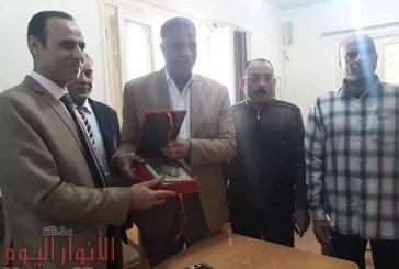 تكريم الدكتور / هانى جميعه وكيل وزارة الصحة بسوهاج لنجاح حملة 100 مليون صحة