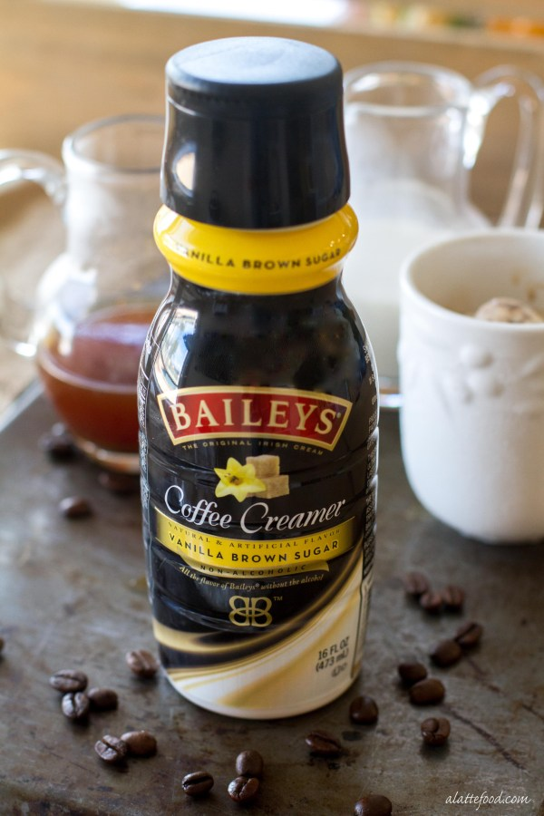 how to make an iced vanilla latte with vanilla extract