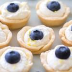 (Mini) Lemon Blueberry Cream Tarts