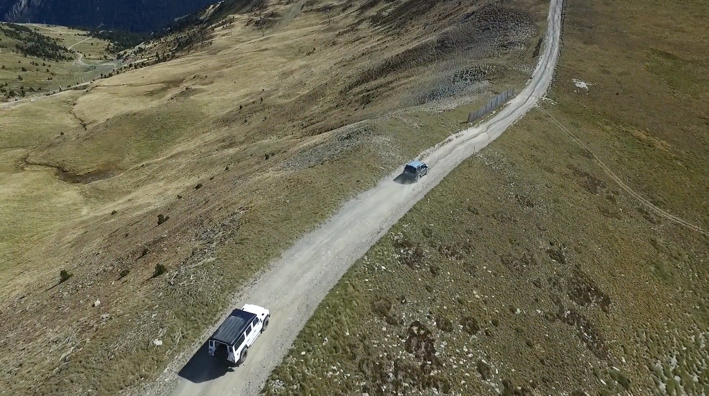 video_land_rover_2