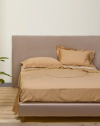 Beige embroidered sheet set - Alessandro di Marco