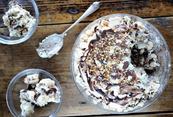 Chocolate and hazelnut meringue