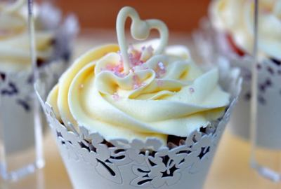 Tiered wedding cup-cake