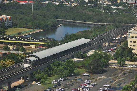 Tren Urbano. CC image from I Am Rob.