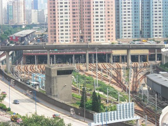 Air rights development over Kowloon Bay depot. CC image from Wiki.