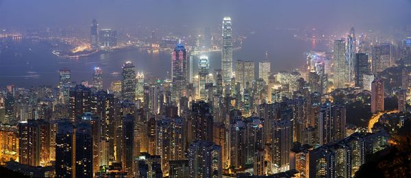 Hong Kong at night. CC image from Diliff via Wikimedia Commons.