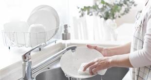 اغسلوا الاطباق يدويا لطرد كابوس التوتر